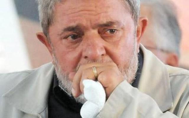 Lula-abatido-290814.jpg